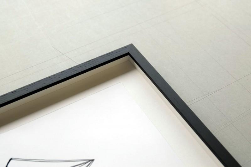 Montage prüfen - Frei montiert mit verstärkter V-Falz im Distance Rahmen