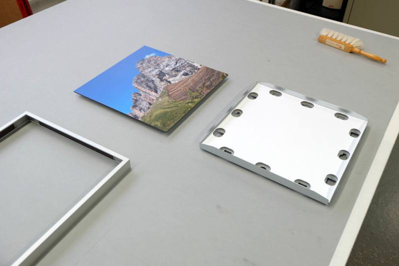 Preparation - Dibond flat inserted in Classic frame
