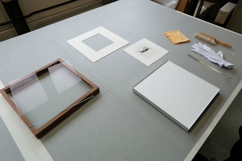 Vorbereitung - Bilderrahmen öffnen und Bild einlegen
