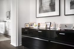 halbe-rahmen-magnetrahmen-alu-schwarz-sideboard