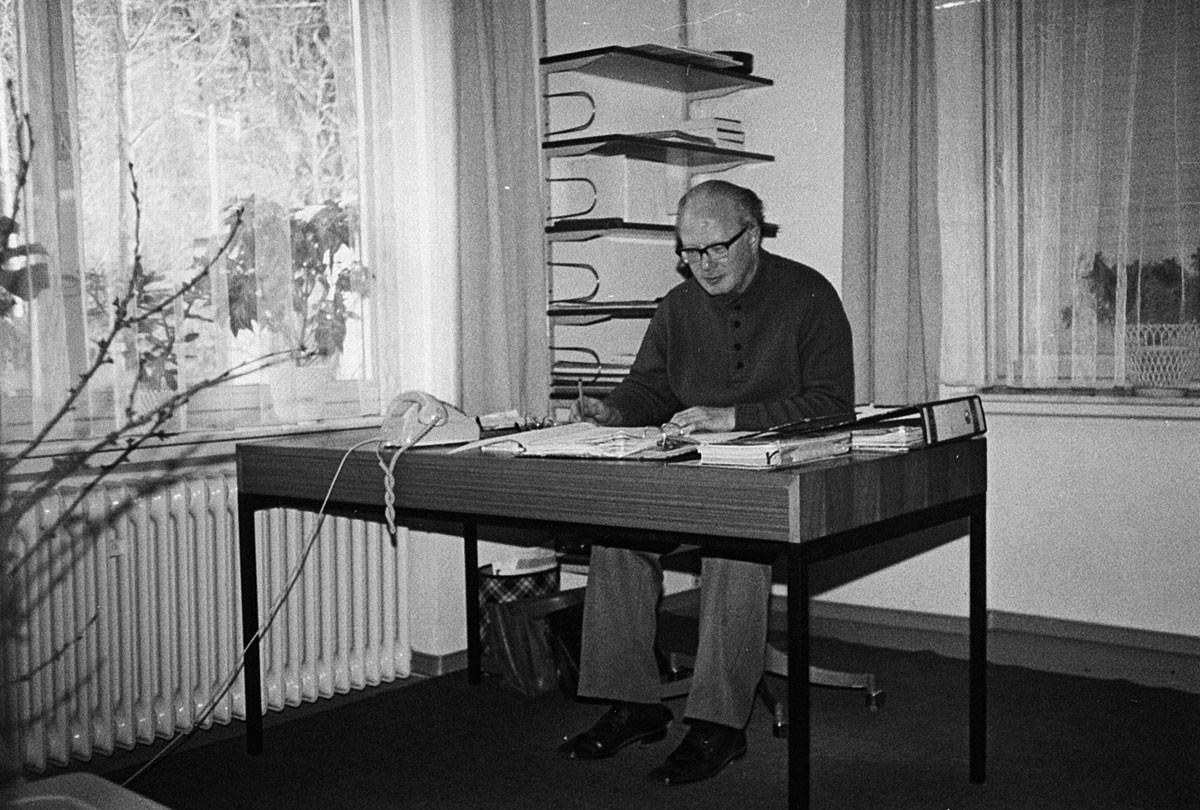 Hubert HALBE at his desk in 1973