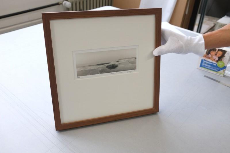 Bild fertig montiert mit Klug Fotoecken im Klapp-Passepartout
