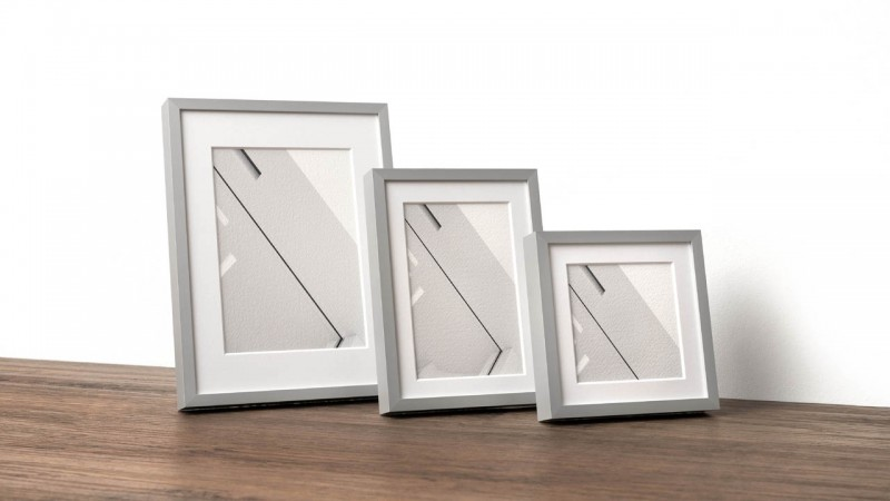 Photo frame with Alu 8 profile in three sizes