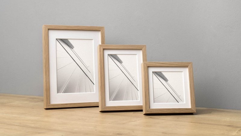 Photo frame with Wood 10 strip in three sizes