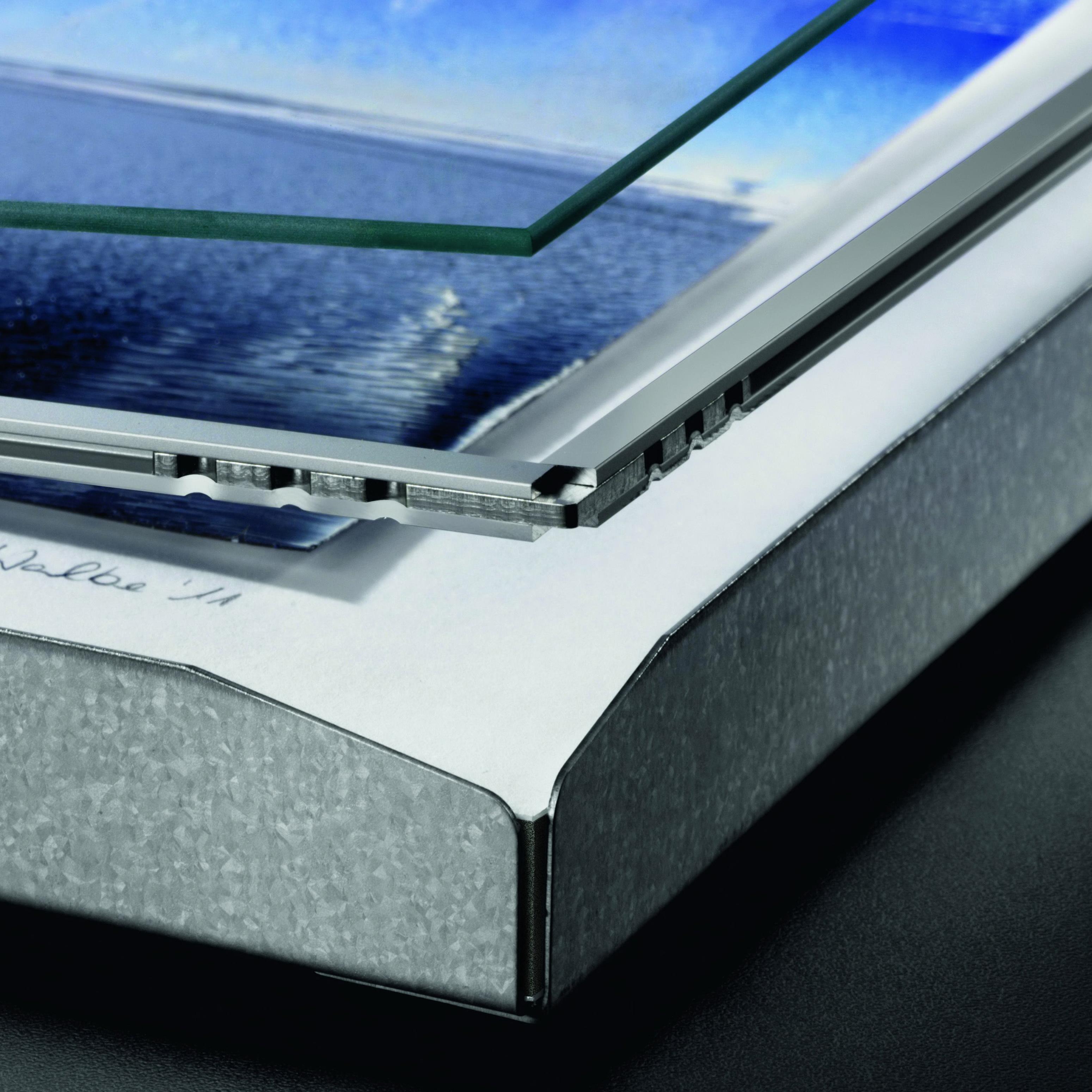 einlegerahmen d5 abstandhalter aus aluminium zwischen. Black Bedroom Furniture Sets. Home Design Ideas