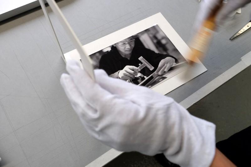 Reinigen - Klapp-Passepartout abgedeckt montiert mit Fotoecke klar