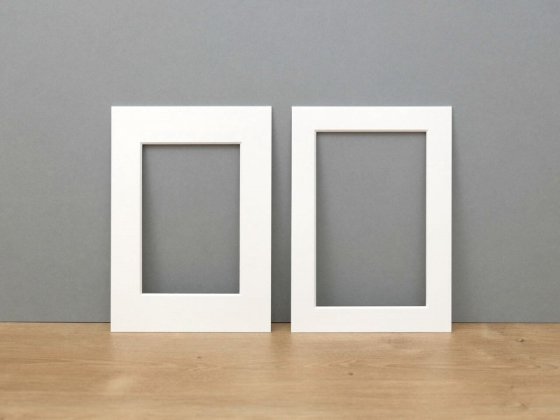 Photo frames in best quality by HALBE Frames