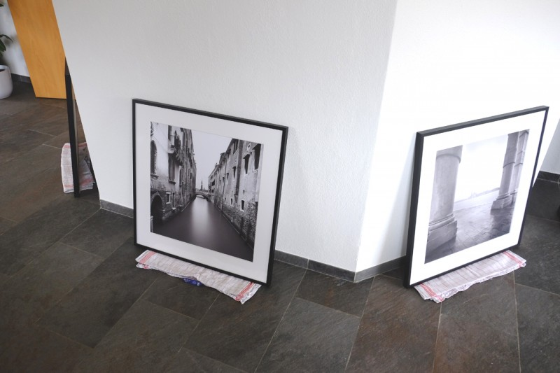 Preparation for hanging up picture series