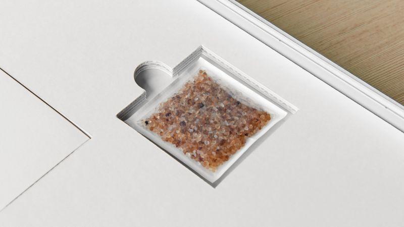 Das Silikagel Pro Sorb im HALBE Protect kann Feuchtigkeit sehr schnell aufnehmen oder abgeben.