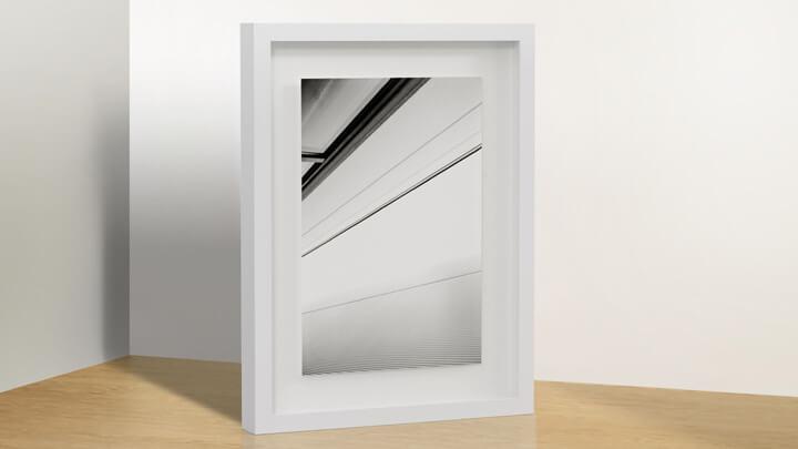 DISTANCE-Magnetrahmen mit Abstand zum Glas
